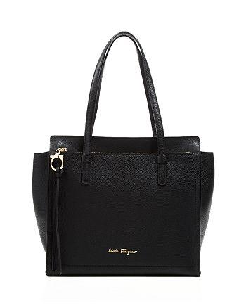 Salvatore Ferragamo - Amy Medium Leather Shoulder Bag