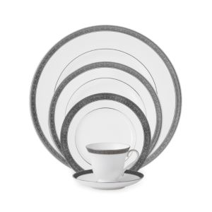 Waterford Crystal Newgrange Platinum 5 Piece Place Setting