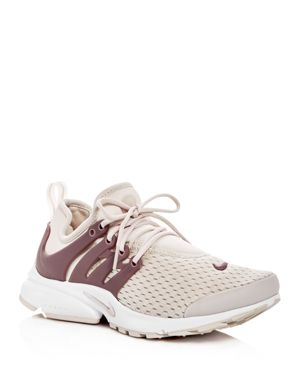 WOMEN'S AIR PRESTO LACE UP SNEAKERS