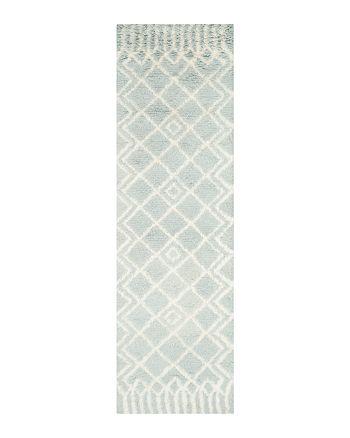 "SAFAVIEH - Casablanca Area Rug, 2'3"" x 8'"