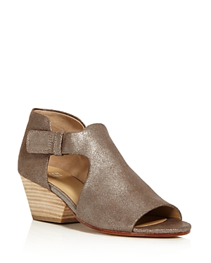Eileen Fisher Iris Metallic Leather Block Heel Sandals