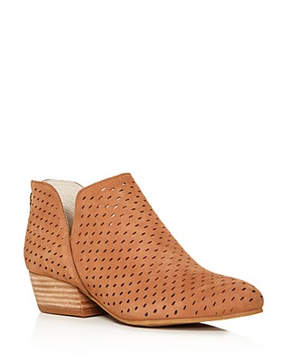 Kenneth Cole Women's Cooper Perforated Nubuck Leather Booties d1KQquOb3a