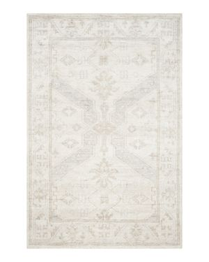 Safavieh Maharaja Collection Xavier Area Rug, 4' x 6'