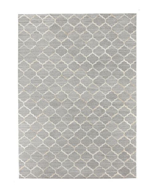 Exquisite Rugs - Fournett Area Rug, 5' x 8'