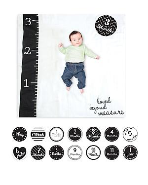 Lulujo Loved Beyond Measure Baby Blanket & Age Cards Set