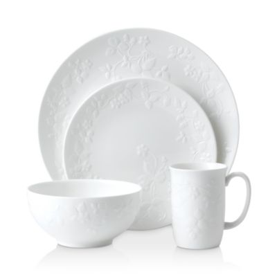 Tabletops Unlimited Kara 16-Pc. Dinnerware Set Service for 4 ...  sc 1 st  World-Luxury.com & European style casual dinnerware with authentic old world charm ...