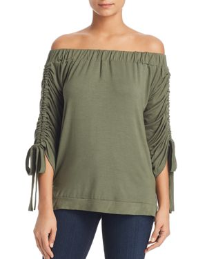 ALISON ANDREWS OFF-THE-SHOULDER CINCHED-SLEEVE TOP