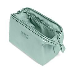 Lipault - Paris - Miss Plume Toilet Kit