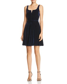 AQUA - Notch Neck Velvet Dress - 100% Exclusive