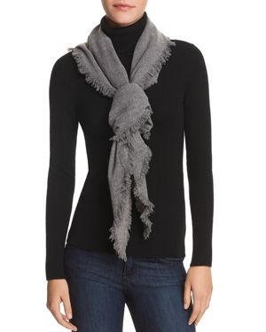 V FRAAS V Fraas Triangle Scarf in Gray