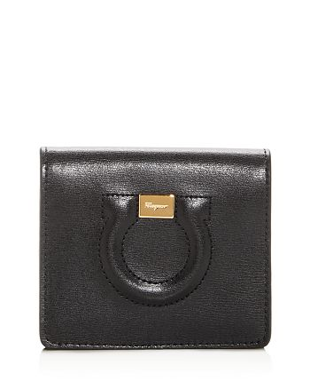 Salvatore Ferragamo - Gancio City Leather Bi-Fold Card Case