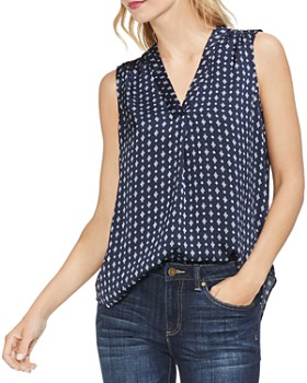 VINCE CAMUTO - Sleeveless Geo-Print V-Neck Blouse