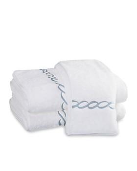 """Matouk - """"Classic Chain"""" Towels"""