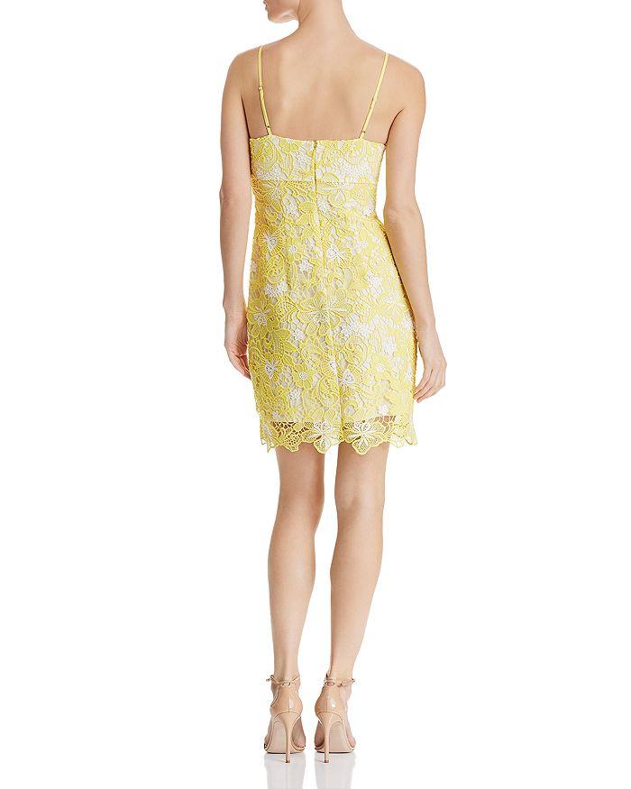 0363644926d GUESS - Tyela Floral-Lace Dress