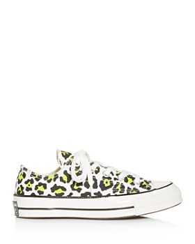 Converse - Women's Chuck Taylor All Star 70 Low-Top Sneakers