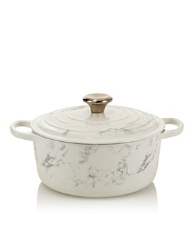 Le Creuset - 4.5 Qt. Marble Appliqué Round Dutch Oven - 100% Exclusive
