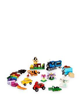 LEGO - Classic Medium Creative Brick Box - Ages 4+