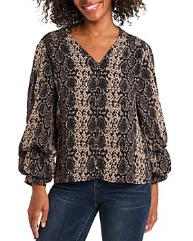 VINCE CAMUTO - Snake Print Balloon Sleeve Top