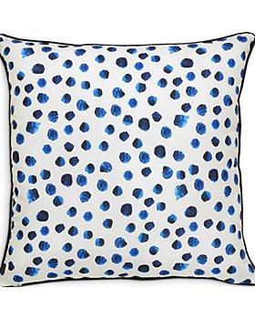 "Ren-Wil - Lustra Outdoor Pillow, 22"" x 22"""