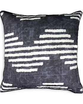 """Ren-Wil - Gilford Outdoor Pillow, 22"""" x 22"""""""