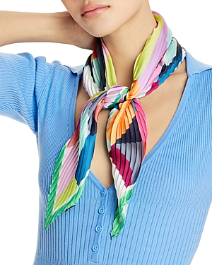 Fracture Pleated Diamond Scarf