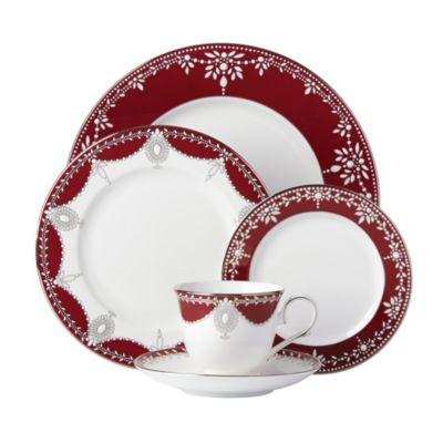 Empire Pearl Wine 5-Piece Place Setting