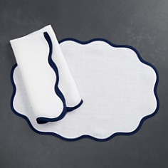 Matouk - Scalloped Table Linens