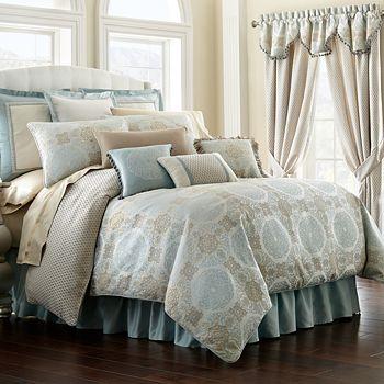 Waterford - Jonet Reversible Comforter Set, Queen