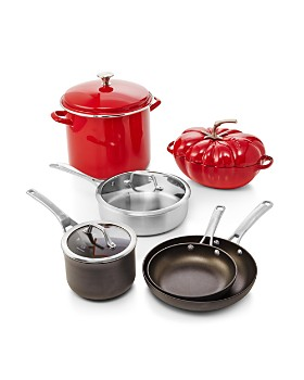 Calphalon - Signature Nonstick Cookware 2-Quart Saucepan with Cover