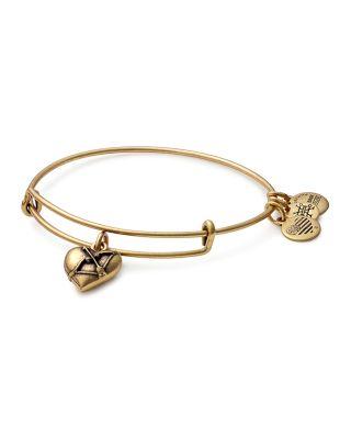 Cupid'S Heart Expandable Charm Bracelet, Gold