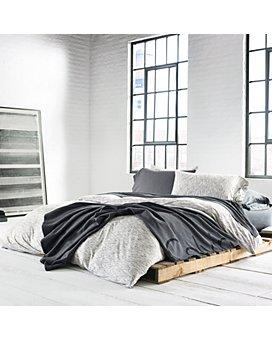 Calvin Klein - Modern Cotton Strata Bedding Collection