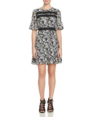 CECE BY CYNTHIA STEFFE BELL SLEEVE FLORAL DRESS
