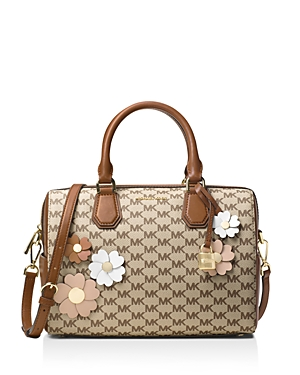 e471724d598 Cheap Michael Kors Outlet Store - Up to 70% OFF Sale