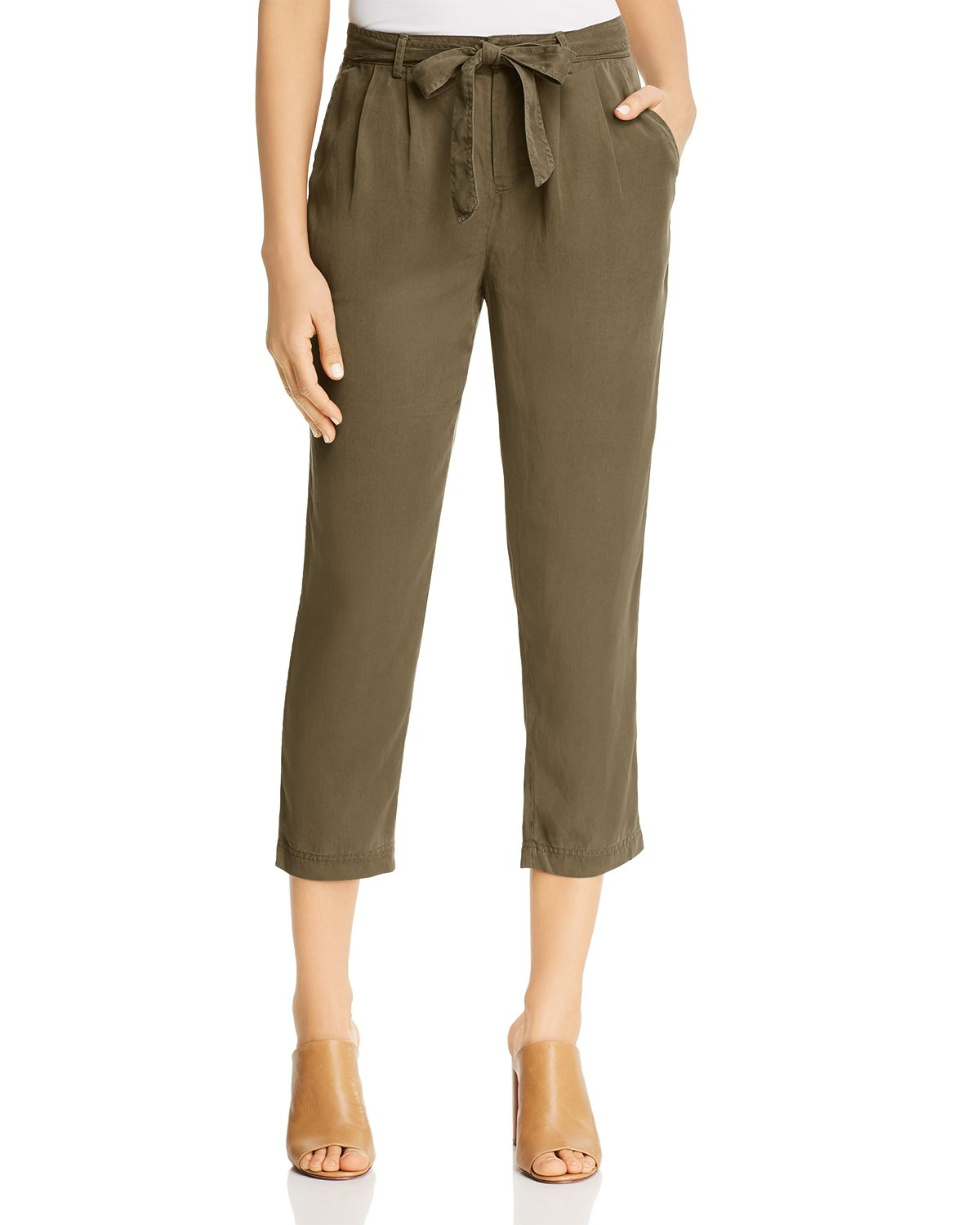 Twill Pleated Cropped Pants by Three Dots