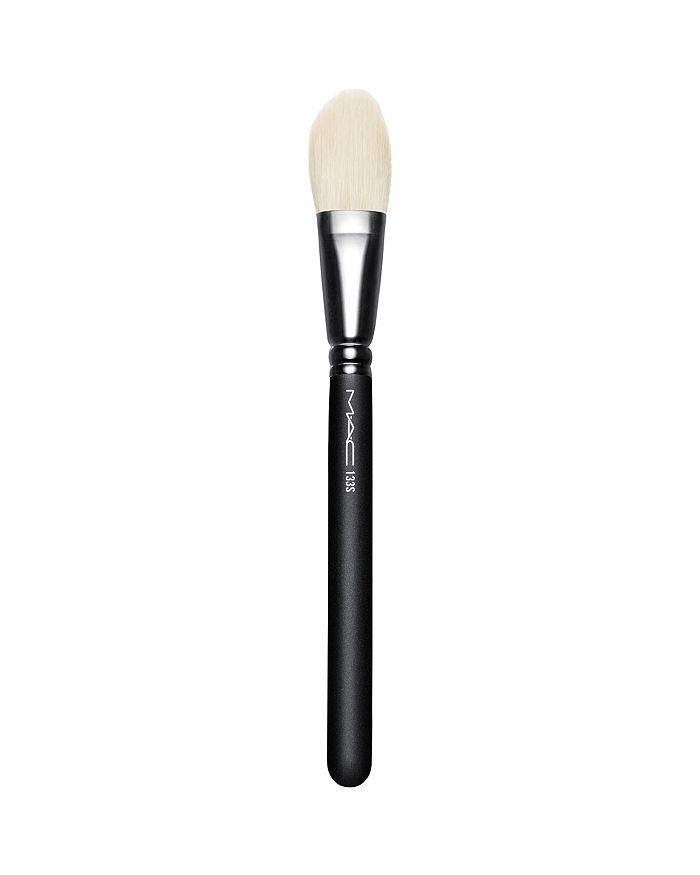M·A·C - 133S Small Cheek Brush