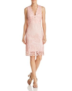 LAUNDRY BY SHELLI SEGAL SLEEVELESS V-NECK LACE DRESS - 100% EXCLUSIVE