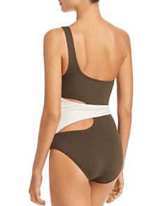 VINCE CAMUTO - Color-Block Wrap One-Shoulder One Piece Swimsuit