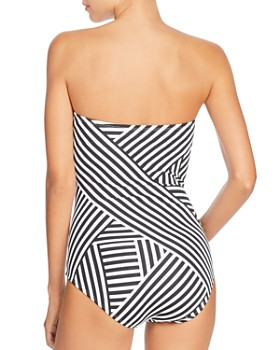 Tommy Bahama - Fractured Stripe V-Wire Bandeau One Piece Swimsuit