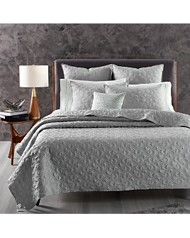 Oake - Cascade Quilted Bedding Collection - 100% Exclusive