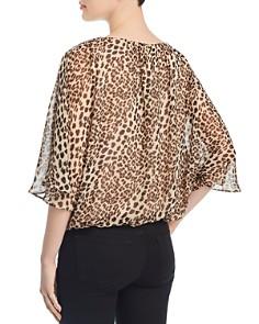VINCE CAMUTO - Leopard-Print Dolman Top