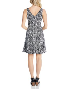 Karen Kane - Sleeveless Printed V-Neck Dress