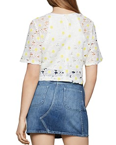 BCBGENERATION - Daisy Lace Cropped Top