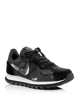 Nike - Women's V-Love O.X. Low-Top Sneakers