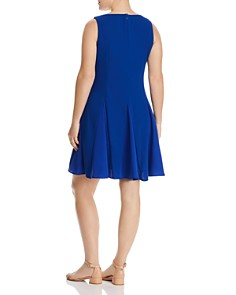 Maree Pour Toi Plus - Fit-and-Flare Dress
