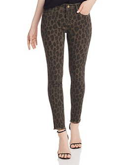 AQUA - Frayed Ankle Skinny Jeans in Leopard - 100% Exclusive