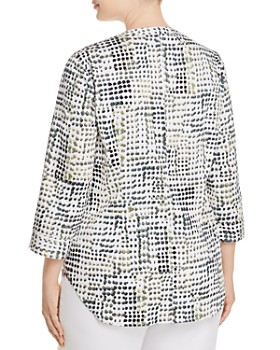 NIC and ZOE Plus - Vacation Spot Button-Down Top
