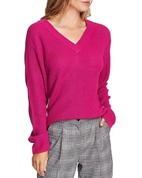 VINCE CAMUTO - Ribbed V-Neck Sweater