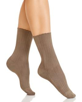 HUE - Scalloped Pointelle Socks