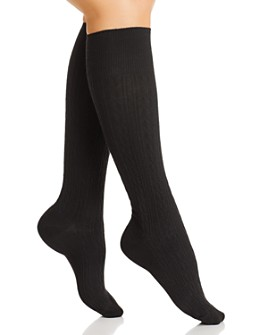 HUE - Graduated Compression Cable Knee Socks
