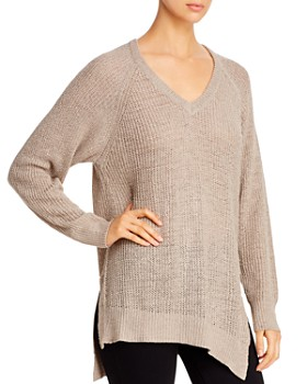 Elan - Asymmetric Side-Slit Sweater